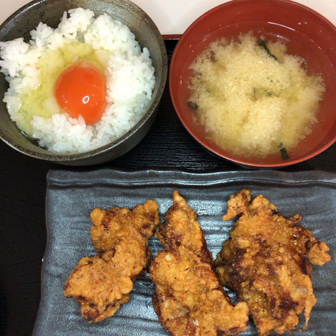 卵かけご飯専門店美味卯 https://bimiu.jp #bimiu  @antsume  うめちゃんに久しぶりに 会いました。 かななんセット #アンジュルム