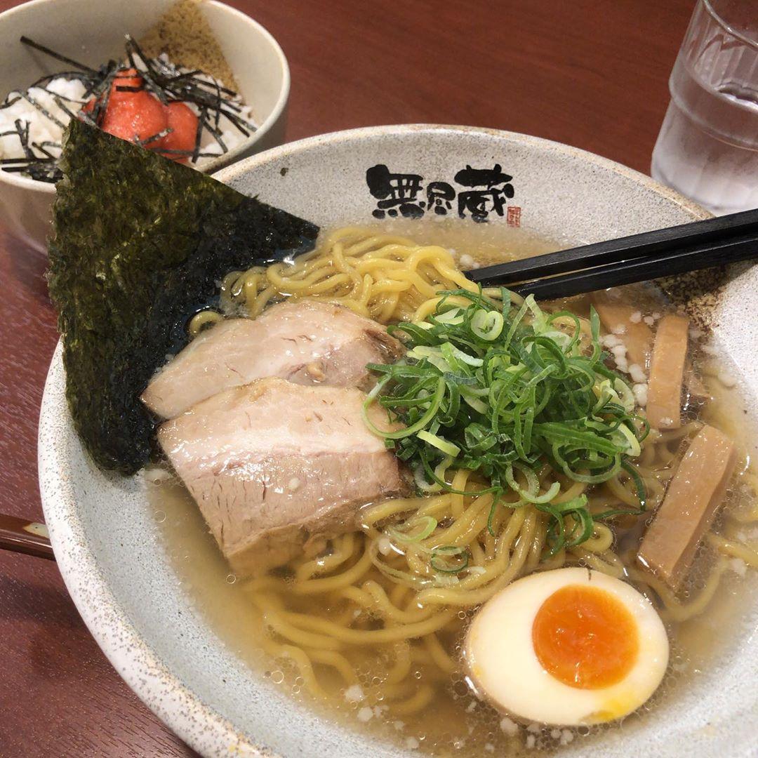 無尽蔵  江坂店 鶏塩ラーメン ミニ明太子丼セット